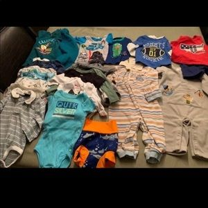 Newborn To 3 Months Baby Boy's Clothes (23 items)